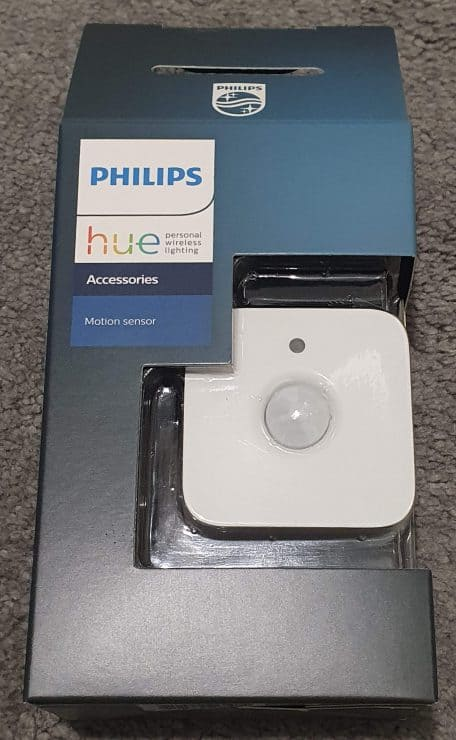 My Philips Hue motion sensor in its box