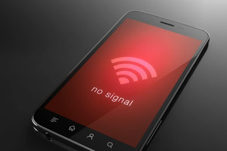 Phone with a no WiFi found logo displayed